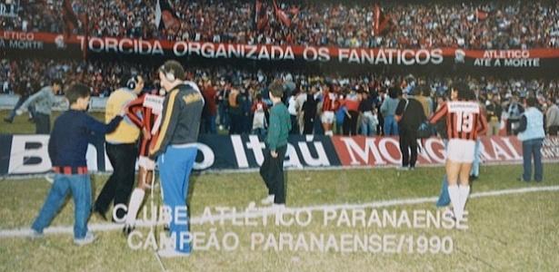 Atlético-PR comemora seu último título conquistado no Couto Pereira, em 1990
