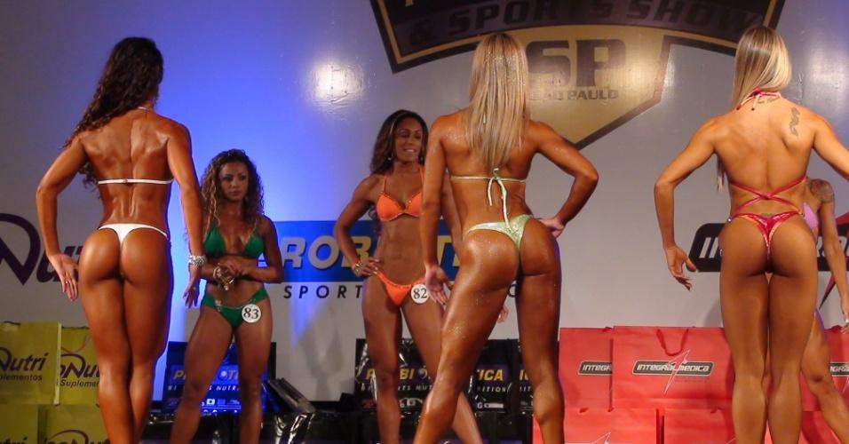 Exponutrition tem campeonato de fisiculturismo. O vencedor levou um cheque de R$ 1500,00