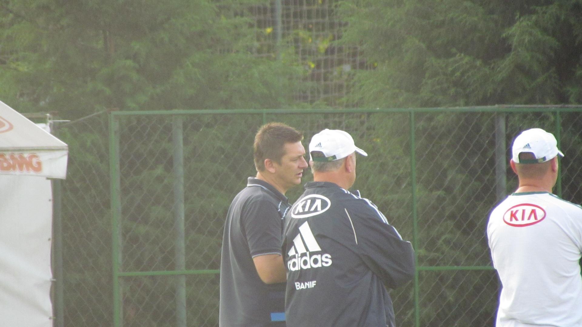 Galeano conversa com Felipão durante treino do Palmeiras