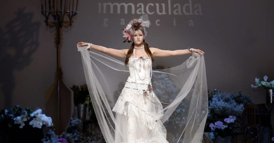 Desfile Inmaculada García na Barcelona Bridal Week (09.05.2012)