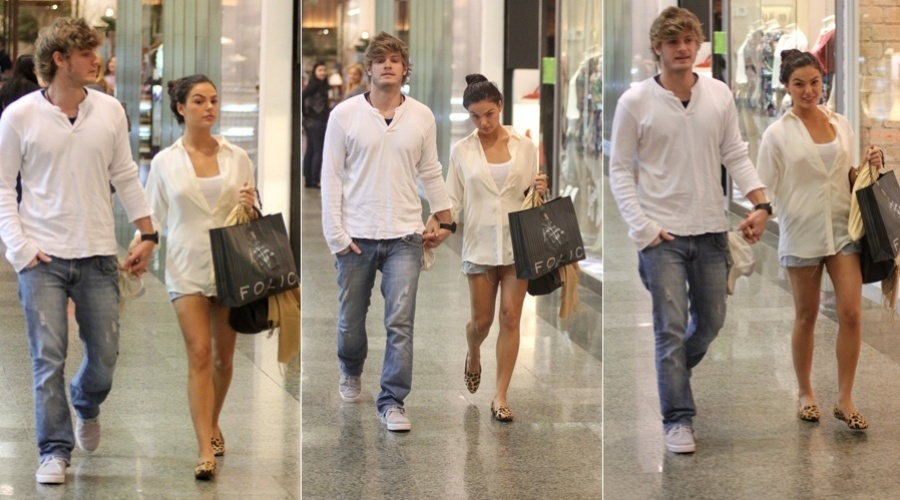 Isis Valverde passeia em shopping da zona oeste do Rio (14/5/12)