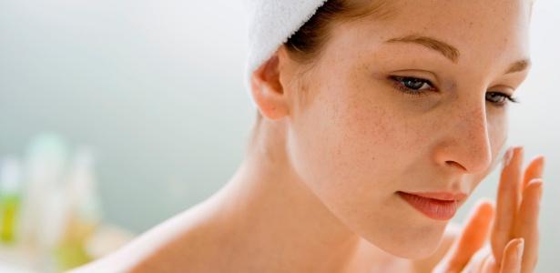 Melhor maneira de proteger a face dos melasmas é evitar exposição ao sol e não se esquecer do filtro solar