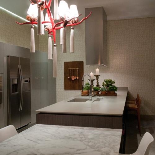 Casa Cor SC - 2012 - Cozinha gourmet, desenvolvida pela engenheira civil e decoradora Eliege Longen, faz parte do Apartamento Casa Cor