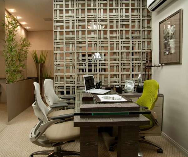 Casa Cor SC - 2012 - Home Office do apartamento projetado pela arquiteta Francine Faraco