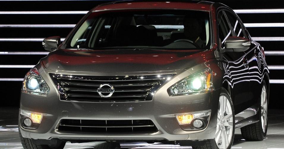 Nissan Altima 2013 foi apresentado no Salão de Nova York, em abril. Produção do modelo na fábrica do  Tennessee (EUA) começa esta semana