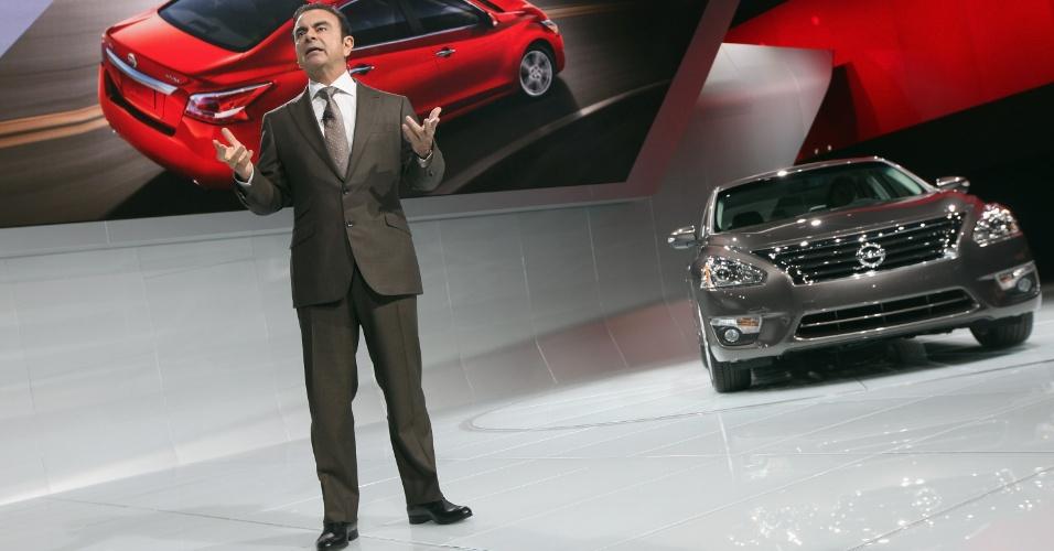 Nova geração do Altima é uma das armas de Carlos Ghosn, presidente da Renault-Nissan, para avançar sobre Ford e marcas asiáticas nos EUA. Carro poderia ter a mesma função no Brasil