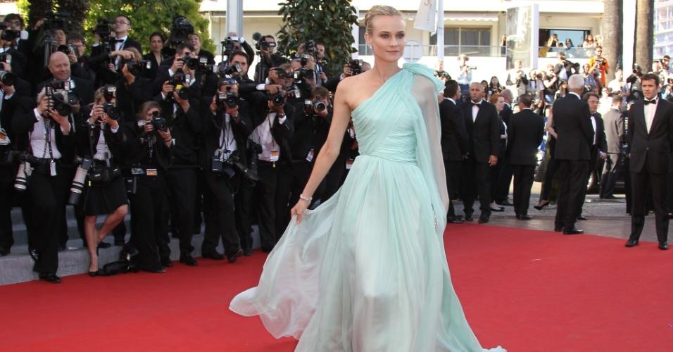 A atriz alemã Diane Kruger, membro do júri de Cannes, chega ao Palácio do Festival, que recebe a abertura do Festival de Cannes 2012 (16/5/12)
