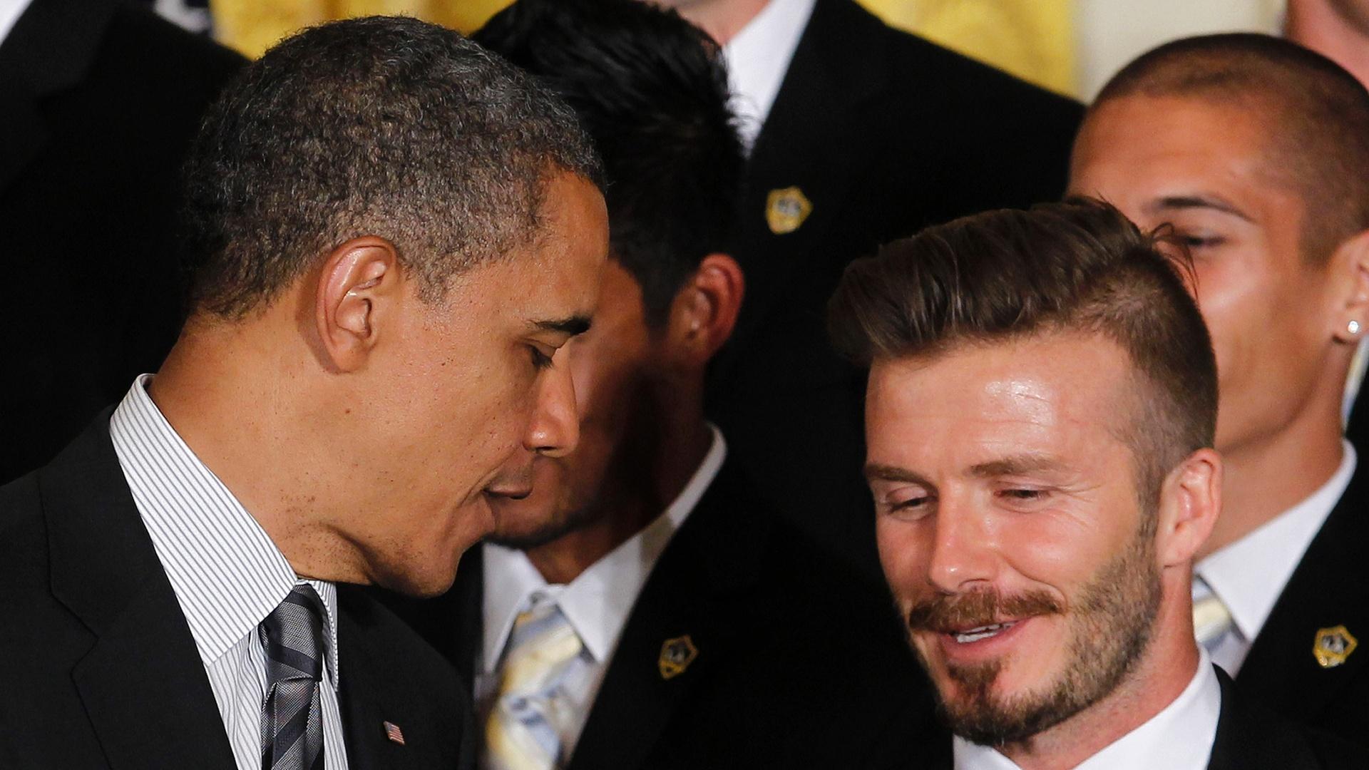 Barack Obama conversa com David Beckham em evento com o LA Galaxy na Casa Branca