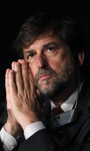 O ator e diretor italiano Nanni Moretti, presidente do júri do Festival de Cannes 2012, fala com a imprensa em coletiva realizada no primeiro dia do evento (16/5/12)