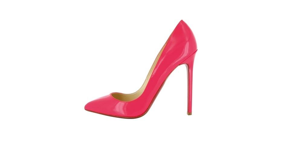 Scarpin rosa de verniz; R$ 1.790, na Christian Louboutin (Tel.: 11 3032-0233)