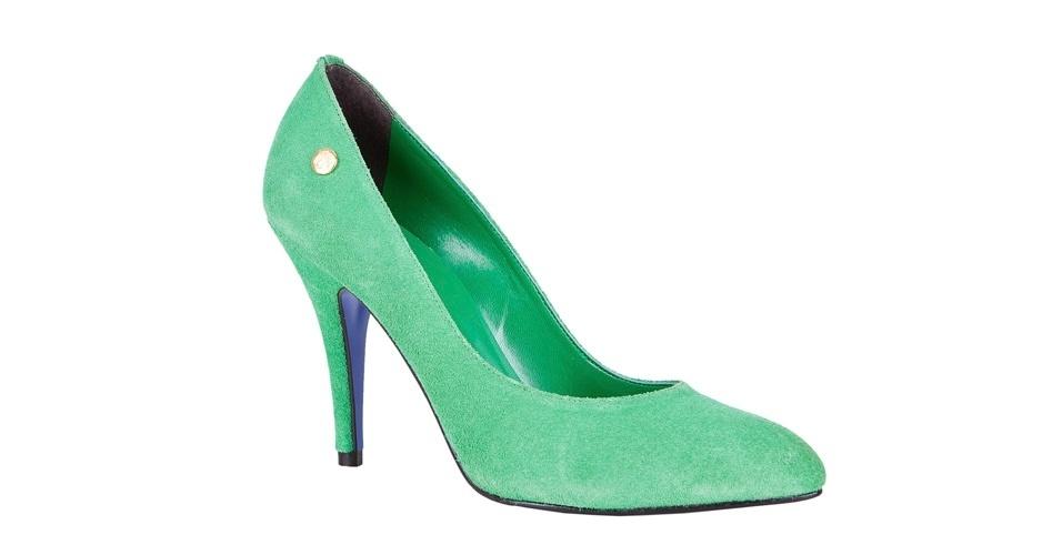 Scarpin verde de camurça; R$ 199,90, na My Shoes (Tel.: 11 3061-2839)