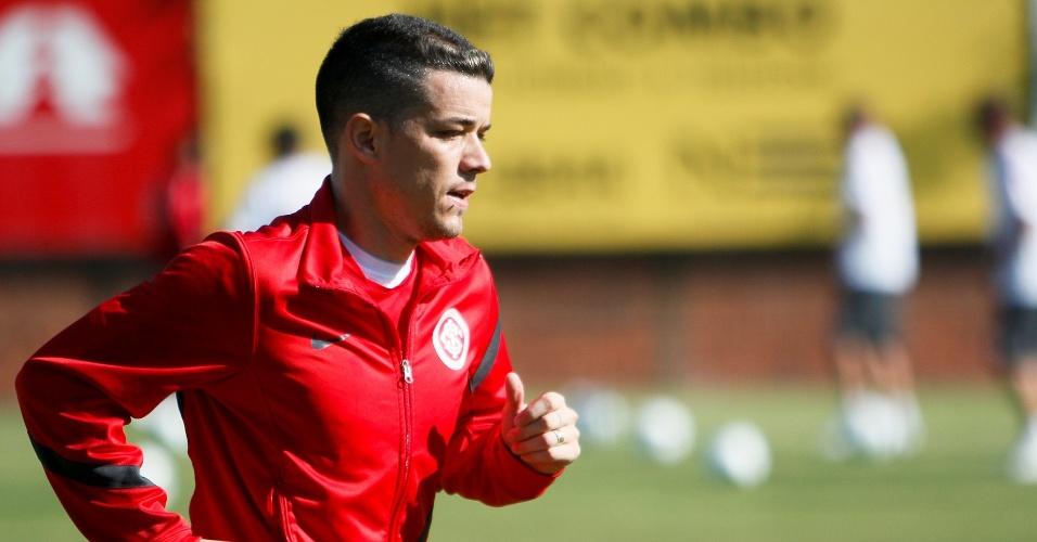 D'Alessandro corre durante treino do Inter; gringo vive temporada cheia de lesões (16/05/12)