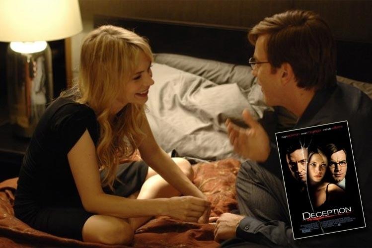 """""""Deception"""" é o título em inglês do filme estrelado por Ewan McGregor e Michelle Williams. No Brasil, o filme se chamou """"A lista"""", embora """"deception"""" não signifique """"lista"""". Mas não pense que o tradutor teria acertado se usasse """"decepção"""". Afinal, como se poderia traduzir em português essa palavra da língua inglesa?"""