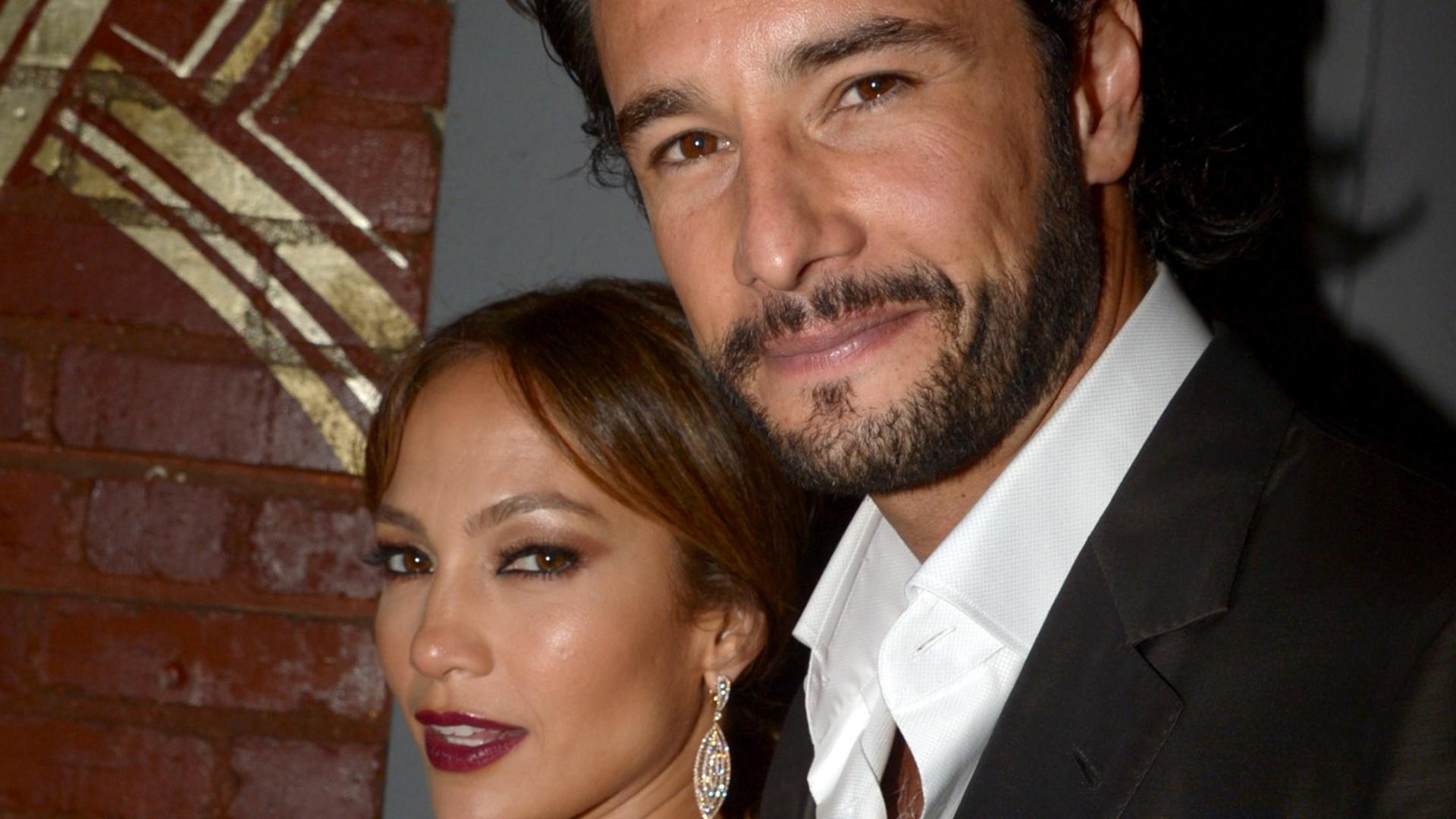 Jennifer Lopez e Rodrigo Santoro em pré-estreia do filme