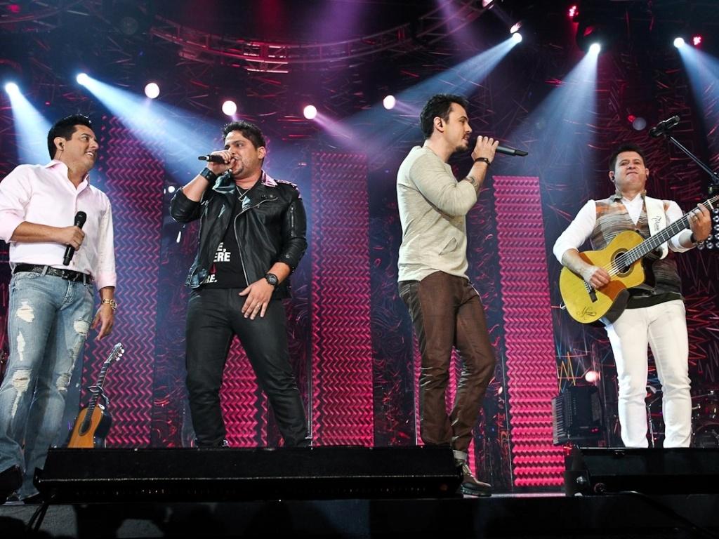 Bruno e Marrone recebem a dupla Jorge & Mateus em gravação de DVD em São Paulo (17/5/12)