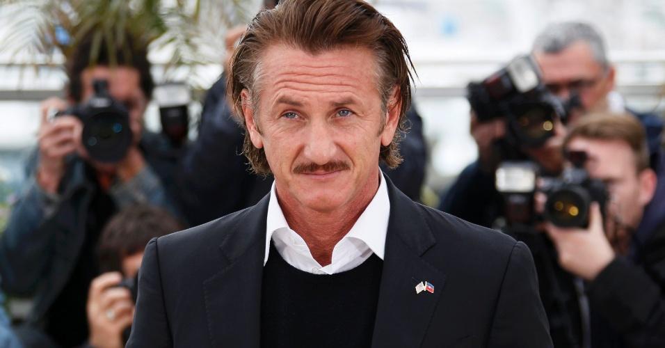 """O ator Sean Penn na apresentação do filme """"Haiti : Carnaval em Cannes"""" no Festival de Cannes (18/5/12)"""