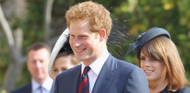 Príncipe Harry chega para a missa do Dia de Ação de Graças na capela St.George, em Windsor (30/3/12)