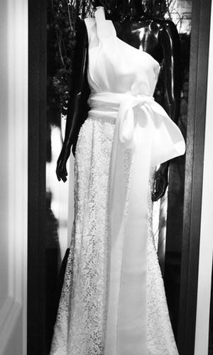 Vestido da linha para noivas de Oscar de la Renta, apresentado nesta quinta-feira (17), na loja Whitehall, em SP