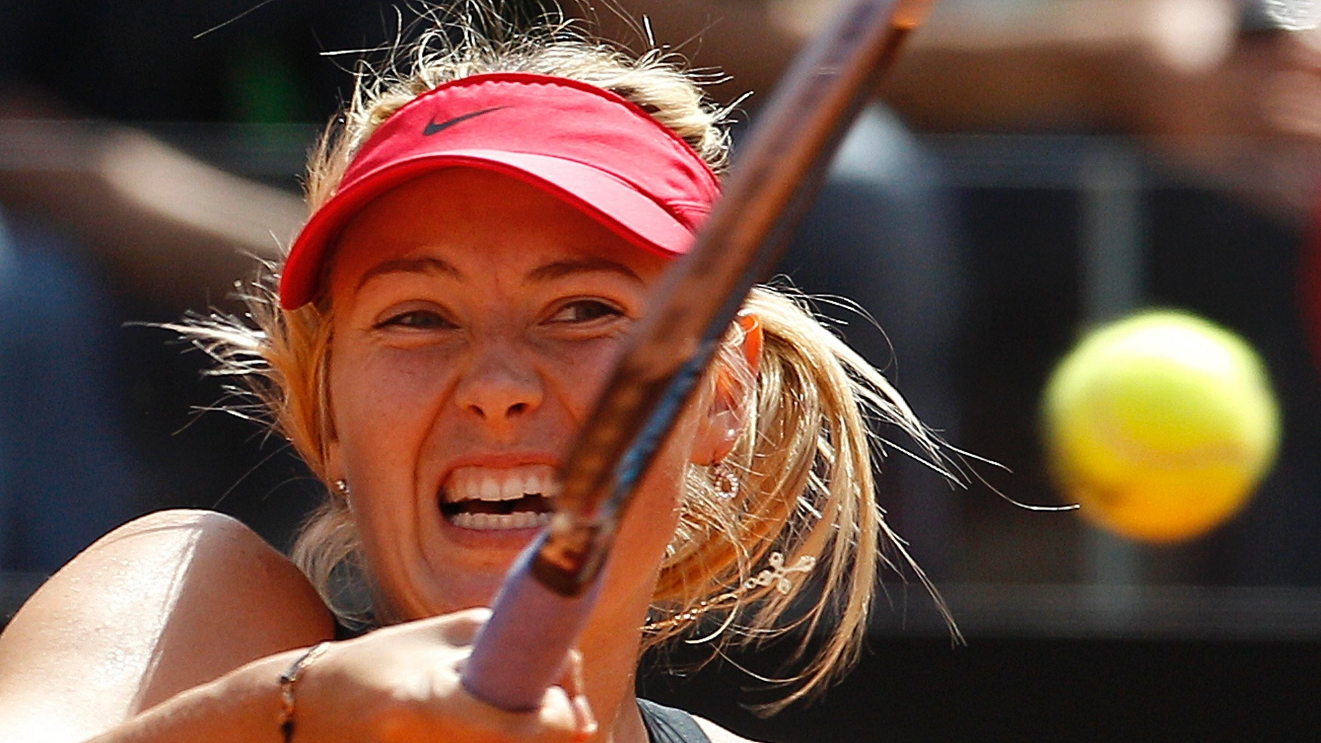 Adversária de Sharapova na decisão em Roma será a chinesa Na Li, que passou pela americana Serena Williams por W.O.