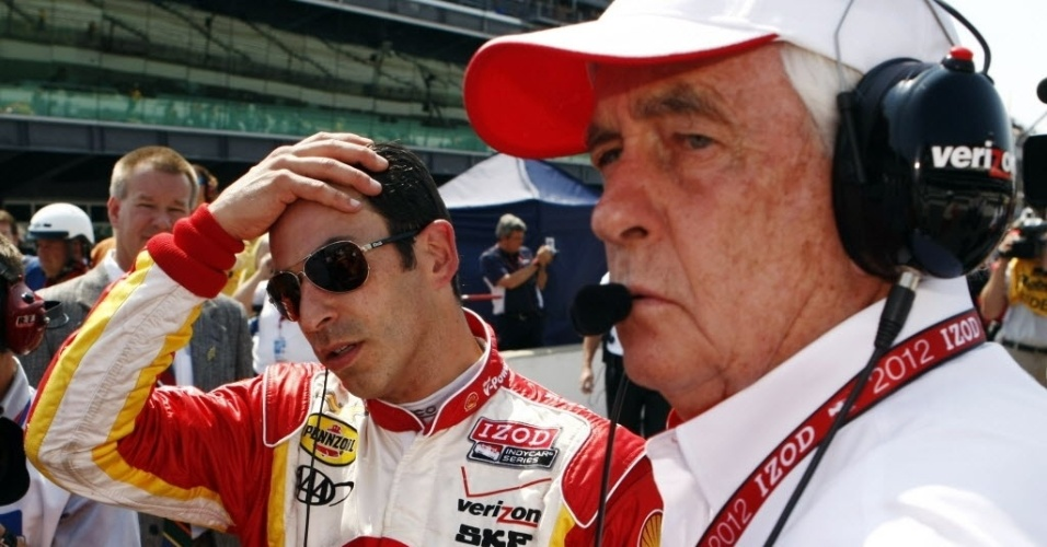 O brasileiro Helio Castroneves, da Team Penske, estava preocupado no in&#237;cio dos treinos