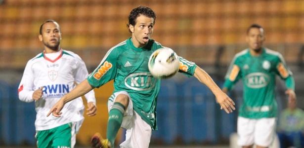 Cicinho foi campeão da Copa do Brasil pelo Palmeiras no ano de 2012