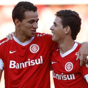Além da volta de Leandro Damião e Oscar, Inter recebeu Guiñazu e contou com Kleber no treino