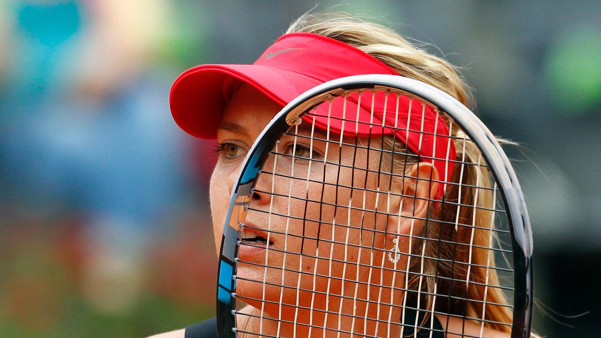 Maria Sharapova demontra preocupação em partida contra Na Li na final do Torneio de Roma