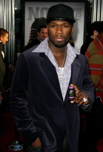 50 Cent, além de cantor e ator, é dono da marca G-Unit, uma das mais influentes do movimento hip hop