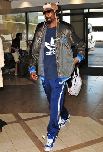 A marca Adidas é uma das preferidas pelos rappers como Snoop Dogg