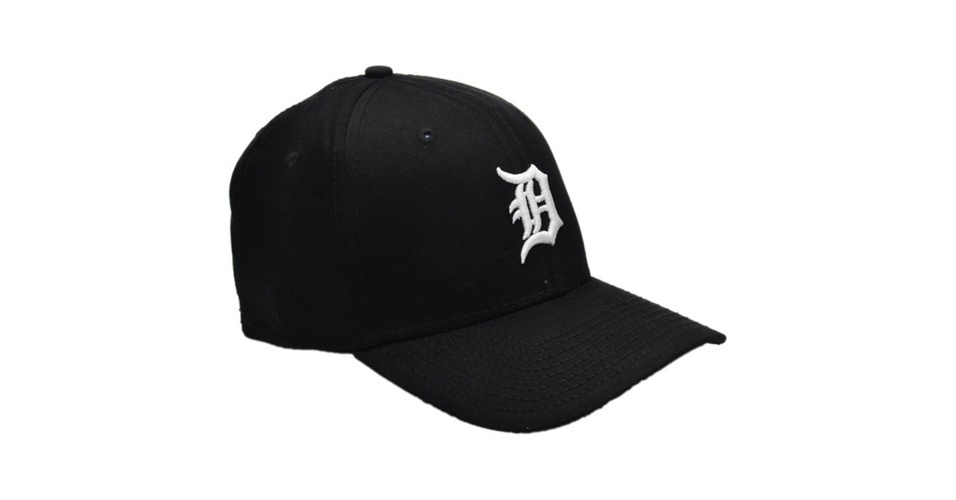 Boné New Era preto com logo bordado do time de beisebol Detroit Tigers; a partir de R$ 89,90, na Kanui