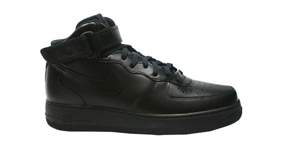 Tênis cano alto Air Force da Nike; a partir de R$ 349,99, Artwalk
