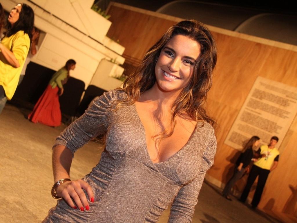 A ex-BBB Laisa prestigia a edição Verão 2013 do Fashion Rio (22/5/12). O evento de moda acontece no Jockey Club, zona sul do Rio