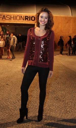 Amanda Ritcher prestigia a edição Verão 2013 do Fashion Rio (22/5/12). O evento de moda acontece no Jockey Club, zona sul do Rio