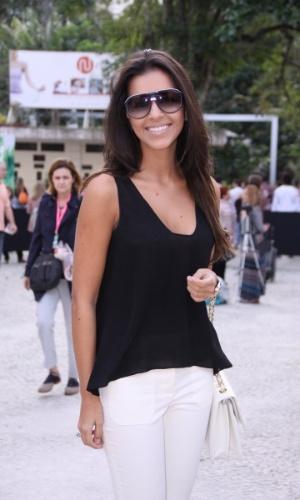 Mariana Rios prestigia a edição Verão 2013 do Fashion Rio (22/5/12). O evento de moda acontece no Jockey Club, zona sul do Rio
