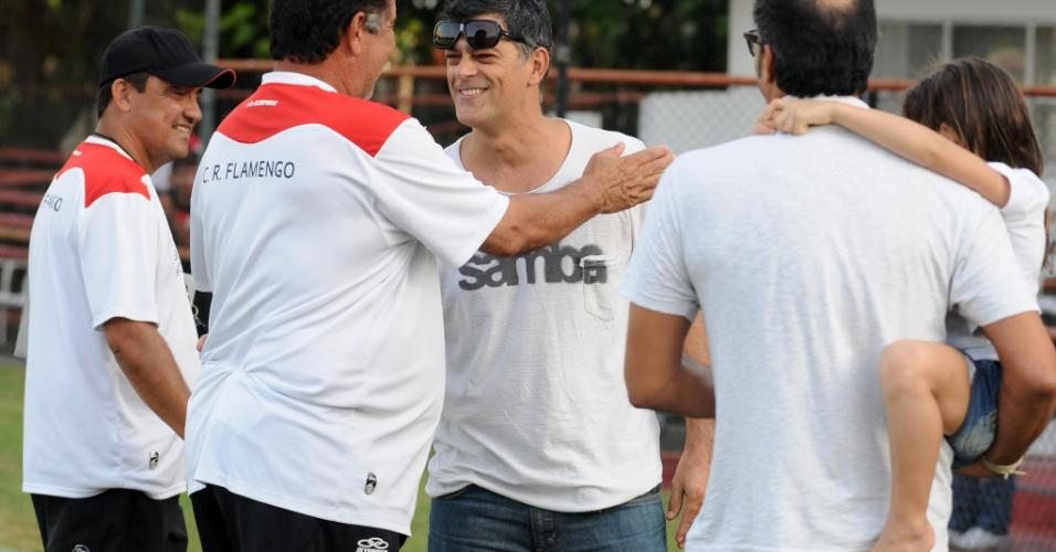 Eduardo Moscovis, ator global, se encontrou com Joel Santana no treino do Flamengo