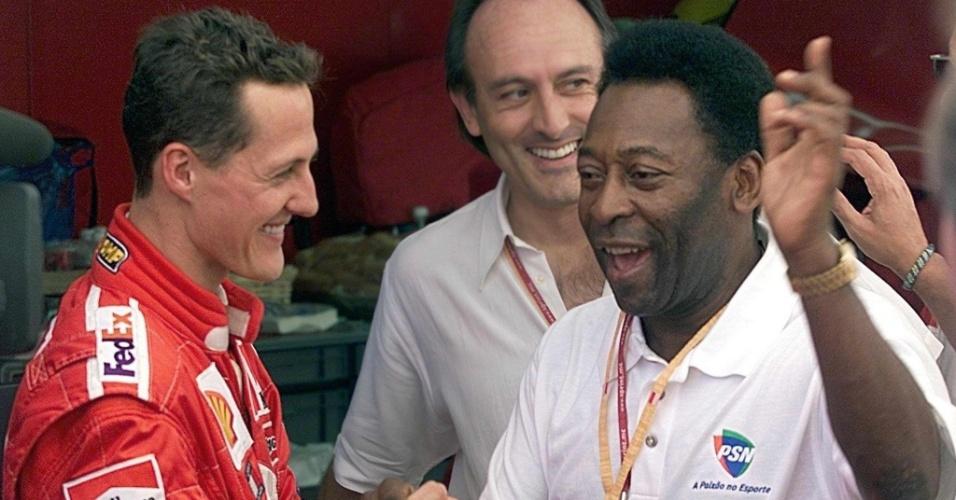 Em 2001, Pelé esteve em Mônaco e cumprimentou Michael Schumacher
