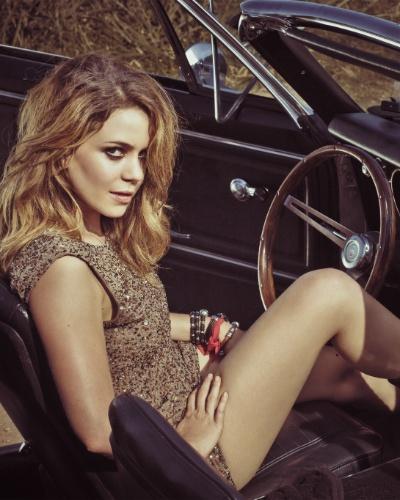 """Leandra Leal posa para o fotógrafo Jorge Bispo em ensaio para a """"VIP"""""""