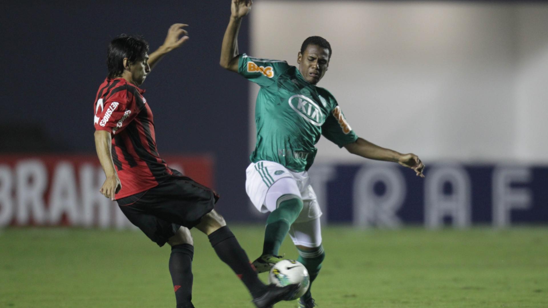 Na Arena Barueri, Palmeiras e Atlético-PR se enfrentam na disputa por vaga nas semifinais da Copa do Brasil