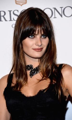 A modelo brasileira Isabeli Fontana participa da festa promovida pela joalheria Grisogono no Festival de Cannes 2012 (23/5/12)