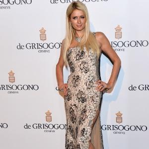 A socialite Paris Hilton participa da festa promovida pela joalheria Grisogono no Festival de Cannes 2012 (23/5/12)
