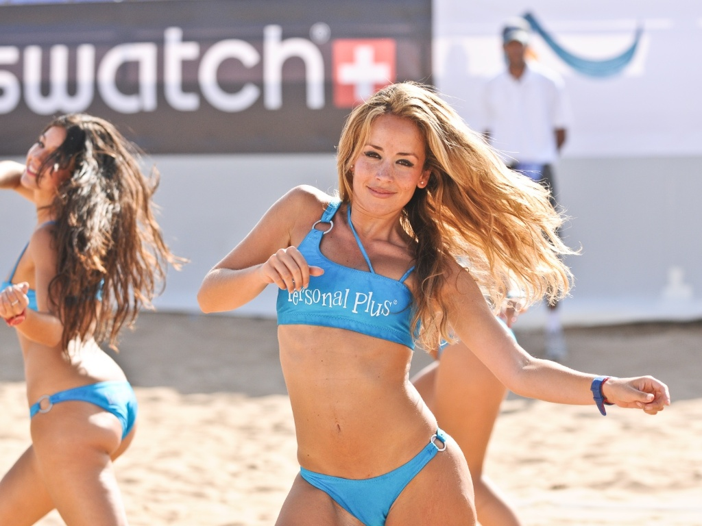 Cheerleaders esbanjam charme e sensualidade na etapa do Marrocos do Circuito Mundial