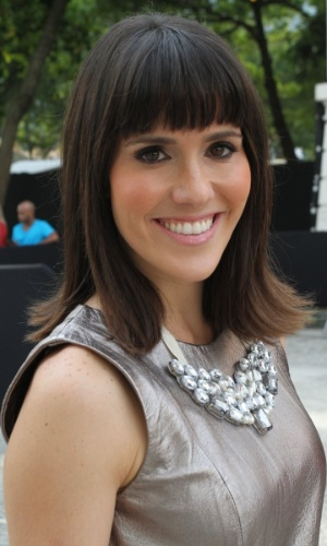 Fernanda Pontes confere o terceiro dia de desfiles do Fashion Rio (24/5/12). O evento de moda acontece no Jockey Club, zona sul do Rio