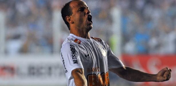 Léo defendeu Ganso e disparou contra diretoria após clássico contra o São Paulo