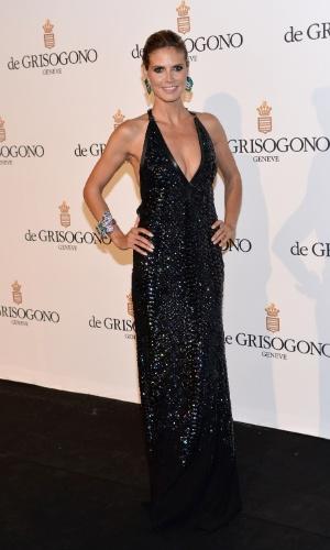 Recém-separada do cantor Seal, a modelo Heidi Klum foi à festa da joalheria Grisogono no Festival de Cannes 2012 (23/5/12)