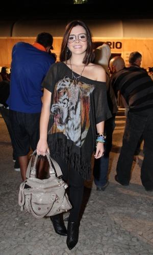 Giovanna Lancellotti confere o quarto dia de desfiles do Fashion Rio (25/5/12). O evento de moda acontece no Jockey Club, zona sul do Rio
