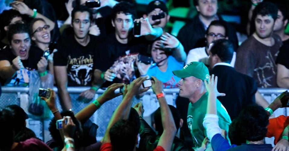 No segundo combate mais importante da noite, o ex-campeão John Cena (foto) bateu Dolph Ziegler