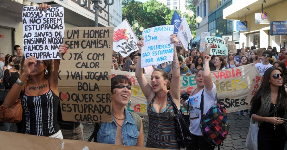 Florianópolis é uma das 14 cidades onde acontece neste sábado (26) a Marcha das Vadias, movimento contra o machismo e a violência dirigida à mulher