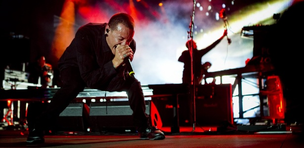 O vocalista da banda Linkin Park, Chester Bennington, durante apresentação no festival Rock in Rio Lisboa (26/5/12)
