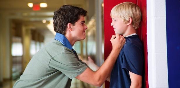 Escola tem obrigação desenvolver valores morais, diz psicólogo