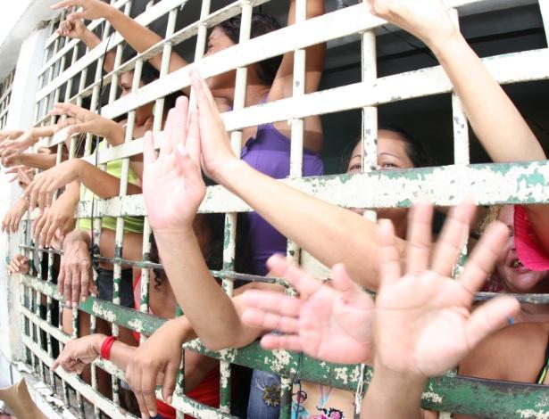 Com cerca de 500 mil presos, o Brasil tem a quarta maior população carcerária do mundo